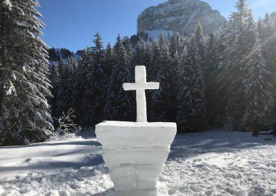 Croix de neige